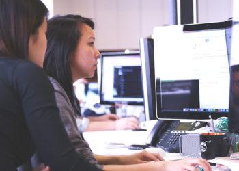 donne-al-computer