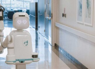 evoluzione-digitale-settore-sanitario-moxi-robot